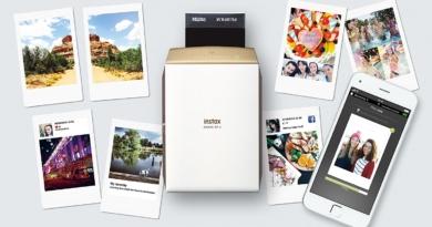 Fuji film Instax ShareSP-2